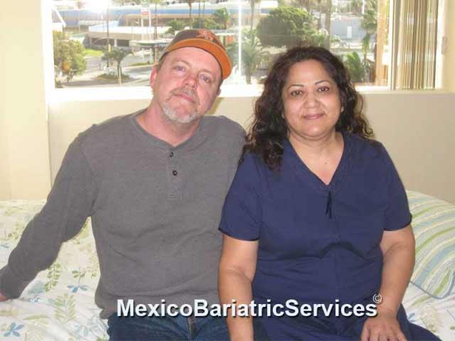 veronica-baysinger-with-her-husband-in-tijuana